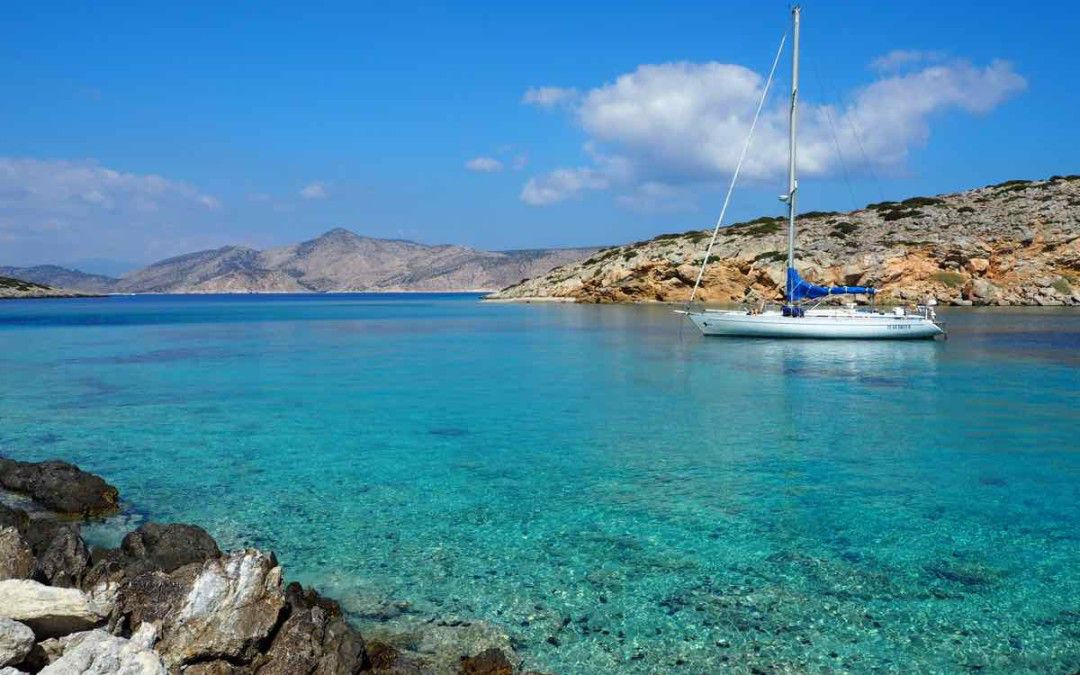 Central east Cyclades Sailing Cruise