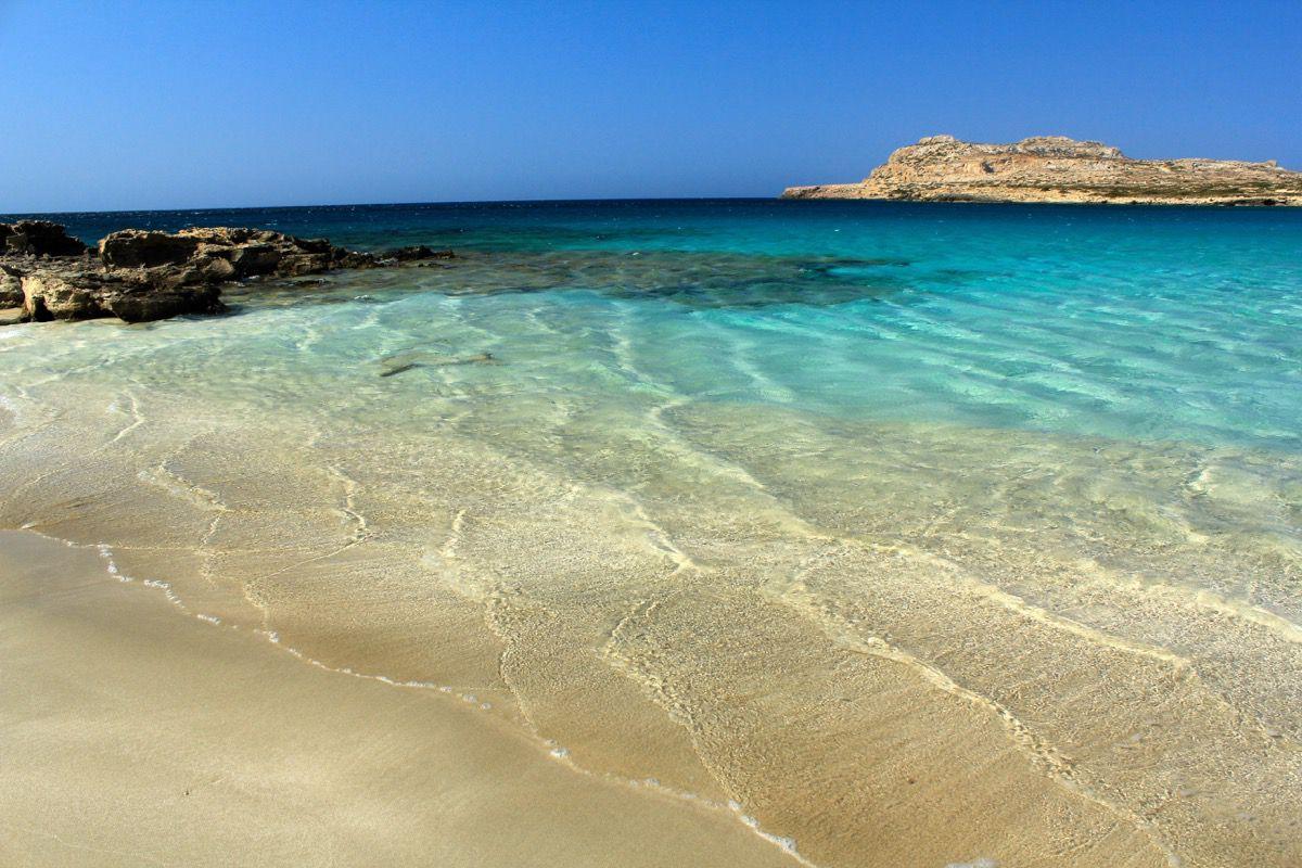 Tour in barca a vela nelle Cicladi Settentrionali: sconosciute e tranquille con una sola eccezione