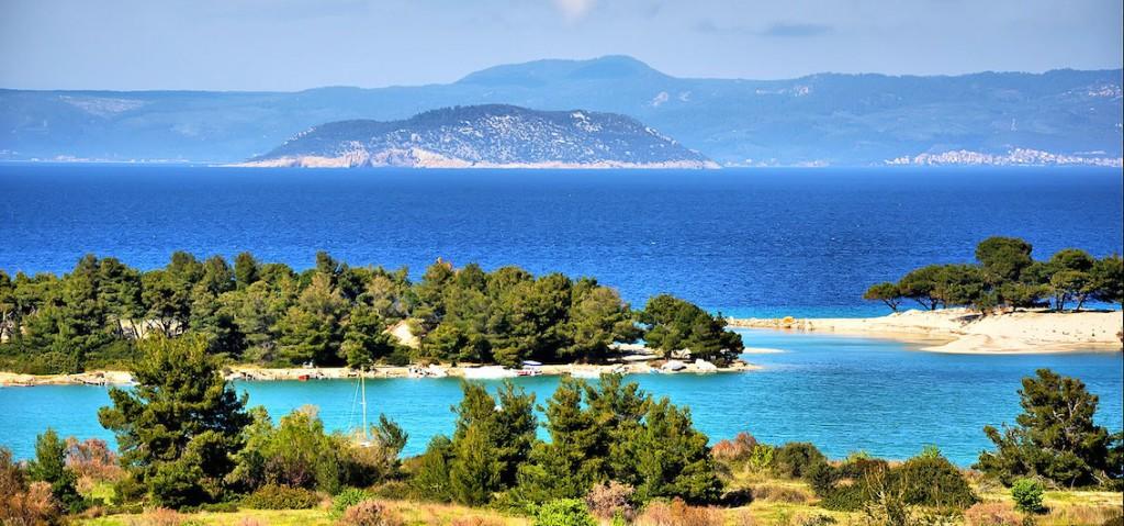 Crociera dalla penisola Calcidica con l'isola di Thasos a Kavala